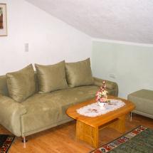 Wohnugn-2-Wohnzimmer
