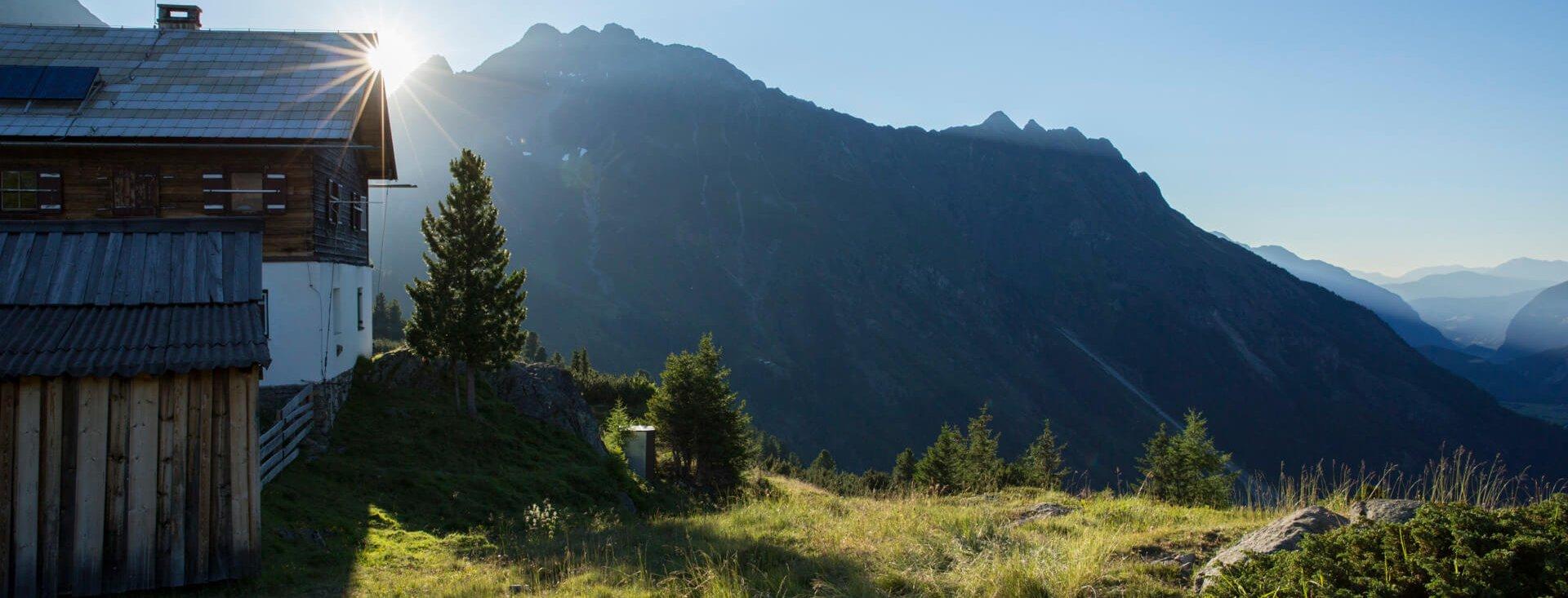 Hahlkogelhaus, Oetztaler Alpen, Tirol, Oesterreich.